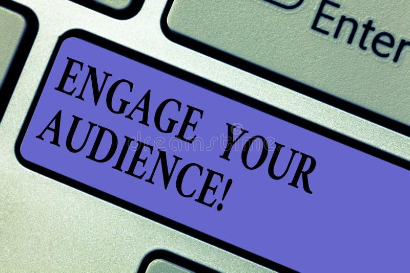 En écrivant l'apparence de note engagez votre assistance La présentation de photo d'affaires les obtiennent intéressés, leur donn images stock