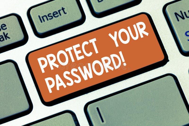 En écrivant l'apparence de note protégez votre mot de passe La présentation de photo d'affaires protège l'information accessible  image stock