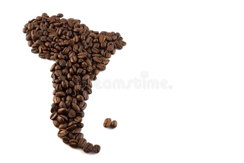 En översikt av Sydamerika gjorde av begrepp för kaffebönor isolerat arkivfoto