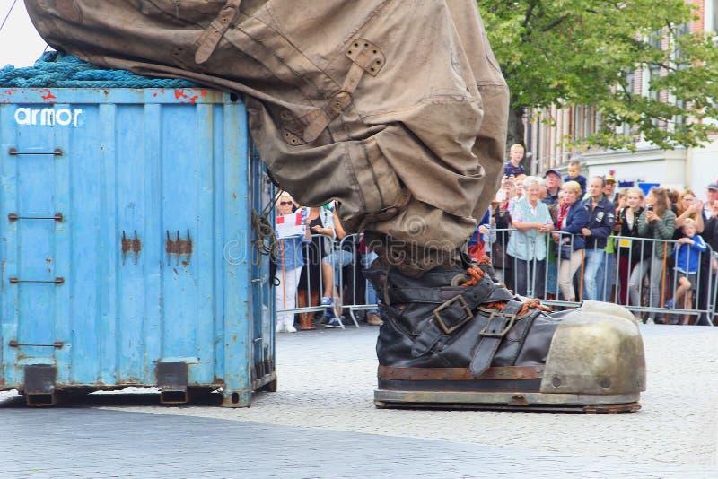 En agosto de 2018, Giants patea las celebraciones de la marioneta de la marioneta, Leeuwarden, Países Bajos fotografía de archivo libre de regalías