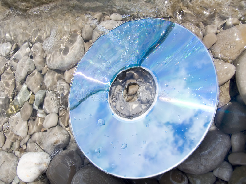 En agua de mar imagen de archivo