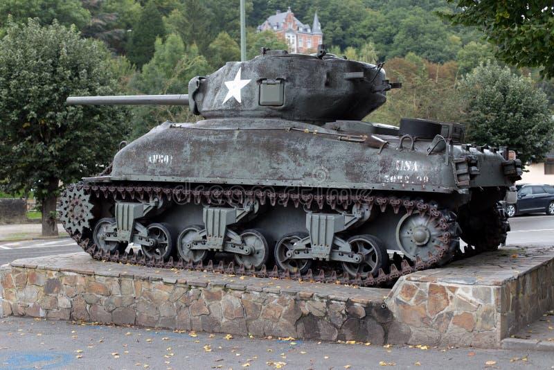 En Ardennes de La Roche - 20 septembre : Réservoir des USA M4a1 Sherman montré dans l'honneur des soldats du 2ème, 3èmes division image stock