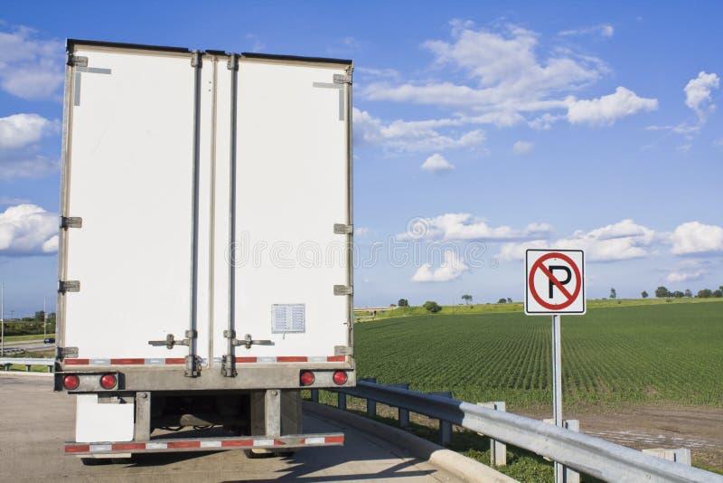 En arrière du Semi-Camion image libre de droits