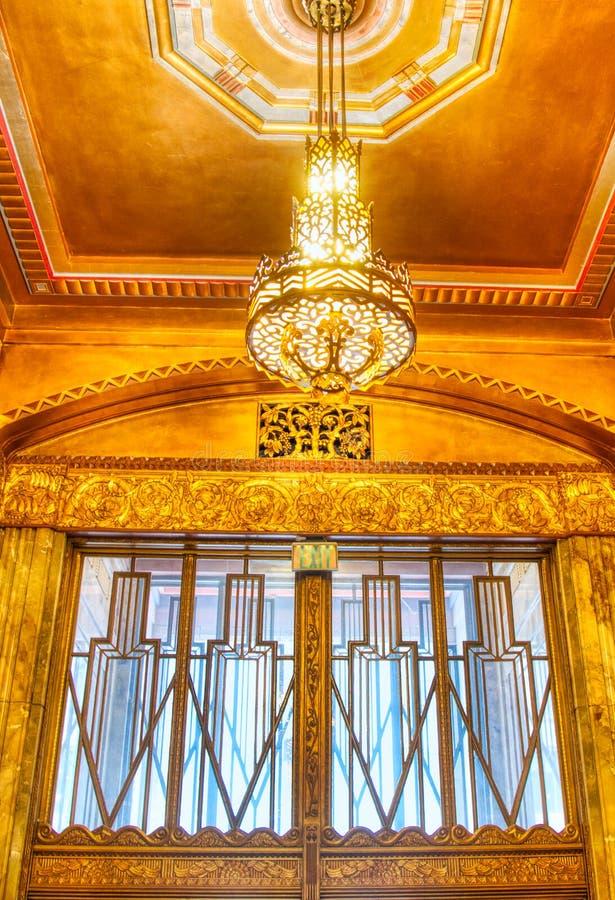 En Art Deco Dream på den Philcade byggnaden i Tulsa, Oklahoma royaltyfria foton