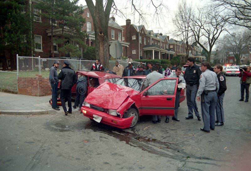 En automatisk olycka som följer en snabb jakt arkivbilder