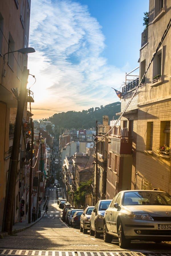 En av gatorna i Barcelona Barcelona är huvudstaden av Catalonia i Spanien fotografering för bildbyråer