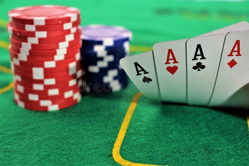 Download En Begreppsbild Av En Pokerlek, Kasino Arkivfoto - Bild av chip, lycka: 106832280