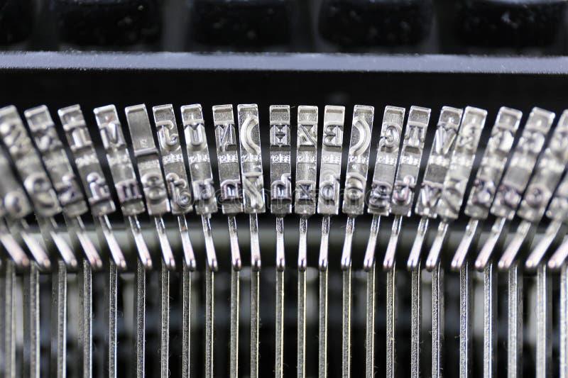 Download En Begreppsbild Av En Skrivmaskinsbokstav - Typebar Fotografering för Bildbyråer - Bild av begrepp, element: 106826805