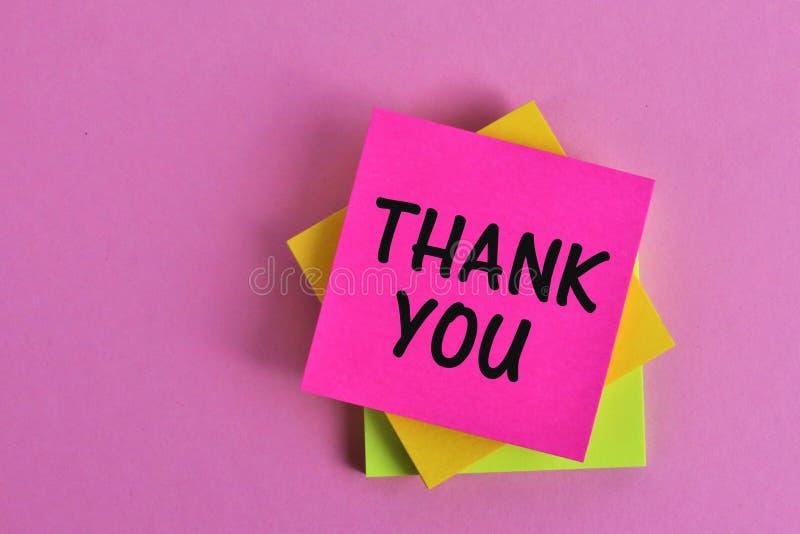 En begreppsbild av en tacka dig att notera - kontoret, affär arkivfoto