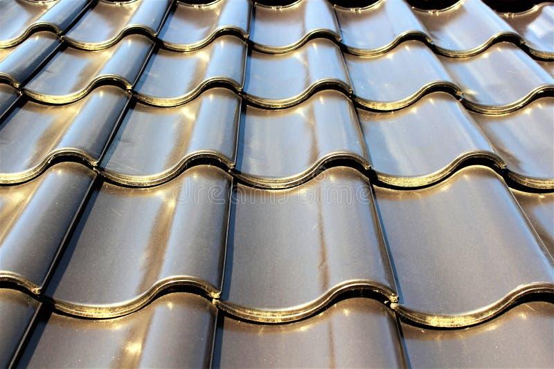 Download En Bild Av En Taktegelplatta, Modell, Hus Fotografering för Bildbyråer - Bild av konstruktion, stil: 106839179