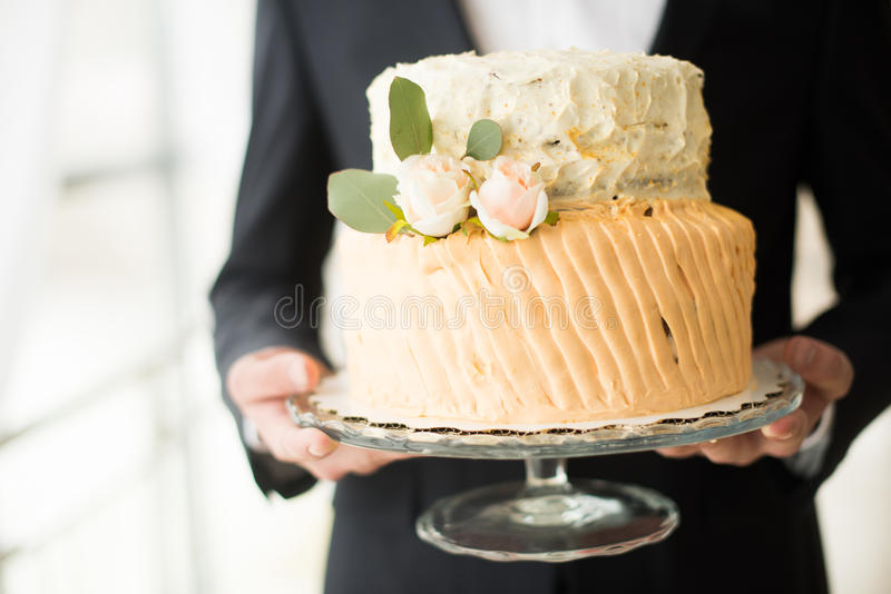 En bröllopstårta arkivbilder