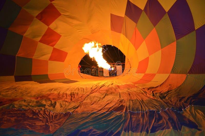 En brandballong som upp går löneförhöjning royaltyfria foton