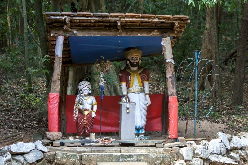 En buddistisk relikskrin som lokaliseras i Sri Lanka arkivbilder
