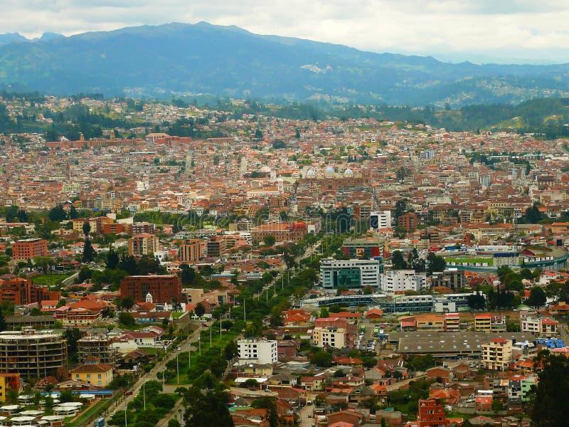 En cityscape av Cuenca, Ecuador royaltyfri foto