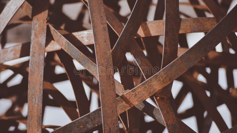 En Closeup av en Art Piece Sculpture In Downtown Coeur D ` Alene som ska göra bra bakgrund eller ska tapetsera arkivfoto