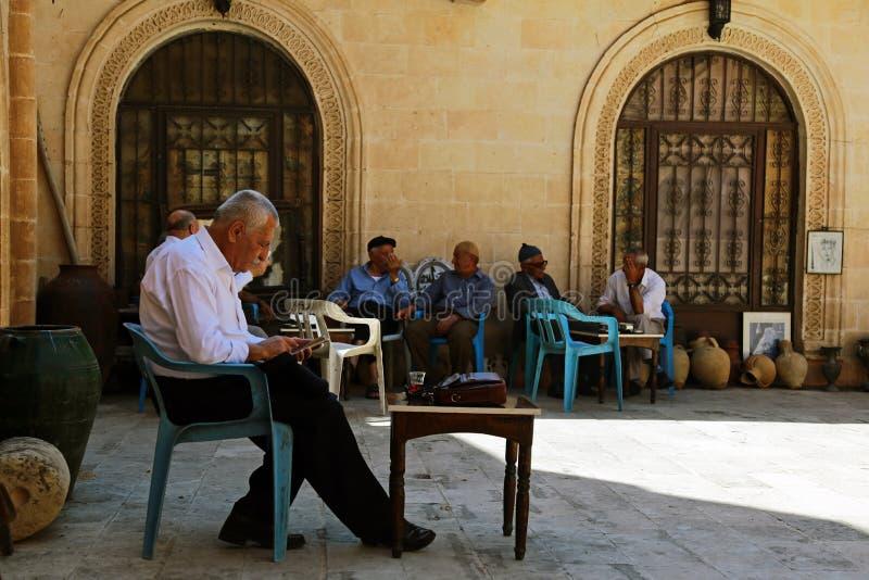 En coffee shop i Mardin arkivfoton