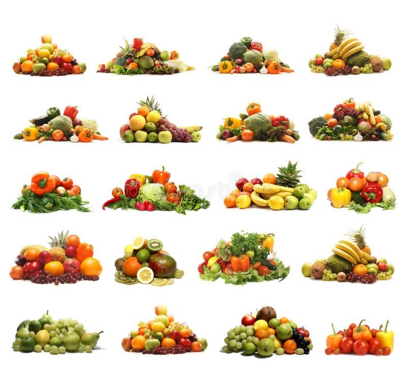 En collage av många olika frukter och grönsaker arkivfoton