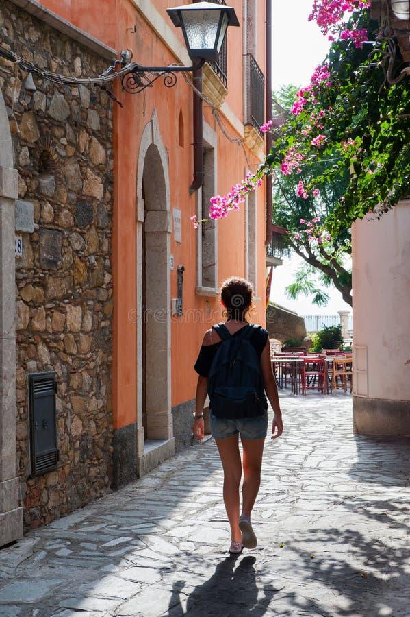 En dag i Castelmola royaltyfria foton
