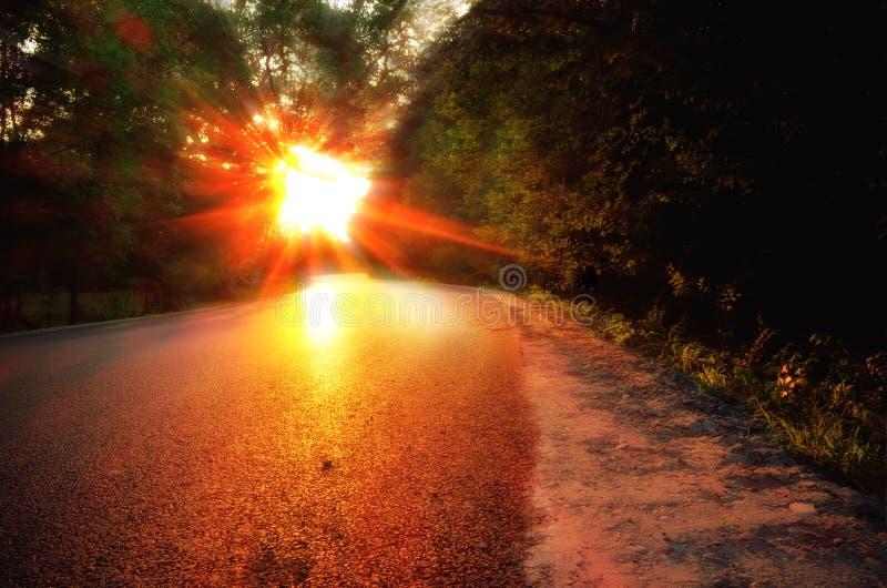 En el camino de casa del camino fotos de archivo