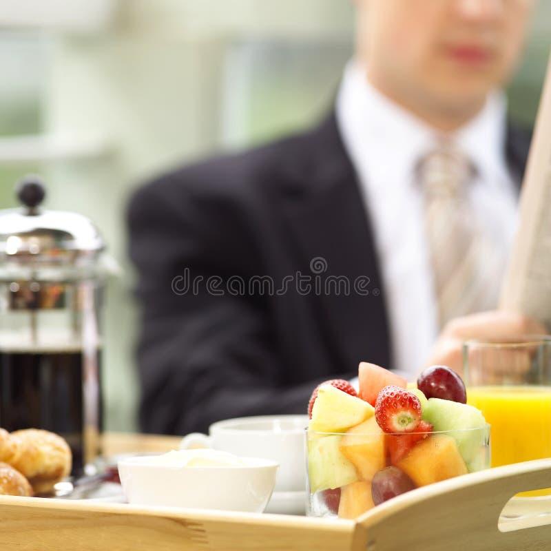 En el desayuno fotografía de archivo libre de regalías