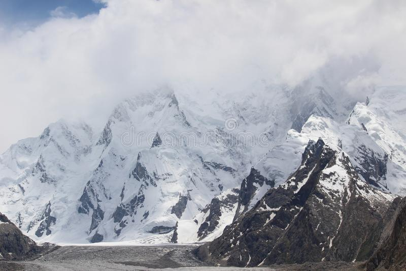 En el glaciar del baltoro fotografía de archivo libre de regalías