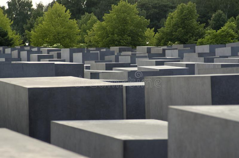 En el monumento Berlín del holocausto foto de archivo