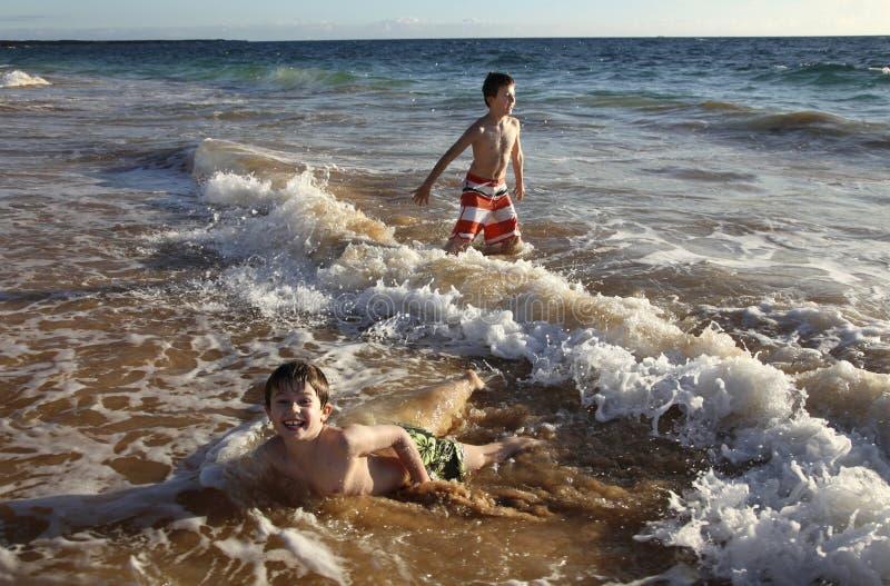 En el océano foto de archivo