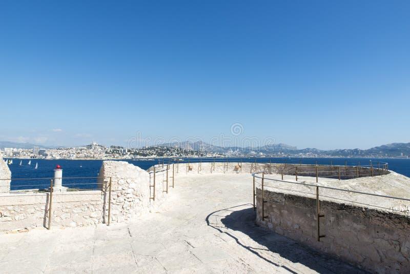 En el tejado del d'If del castillo francés, Marsella, Francia imágenes de archivo libres de regalías