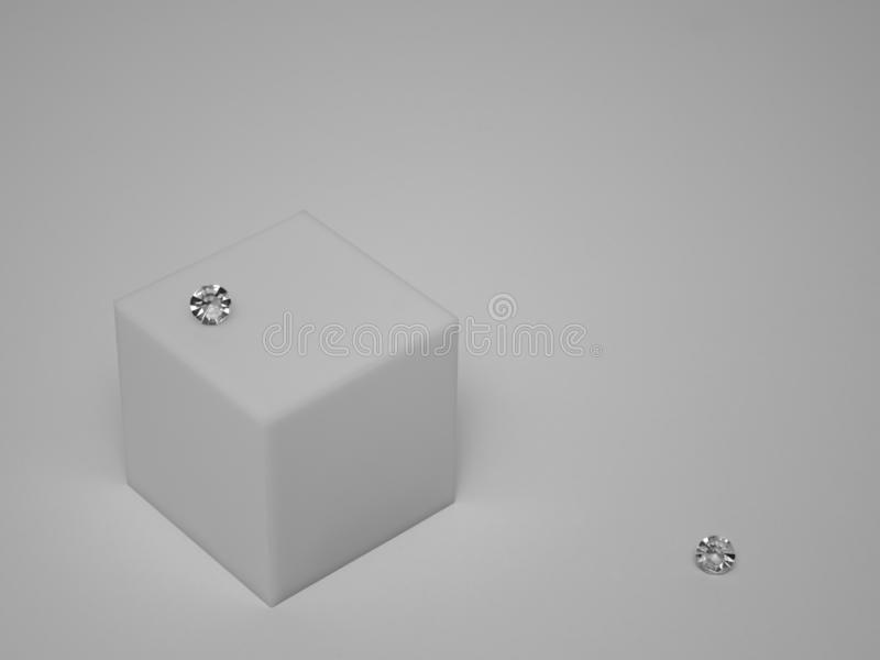 En enkel ask med avskilda diamanter royaltyfria bilder