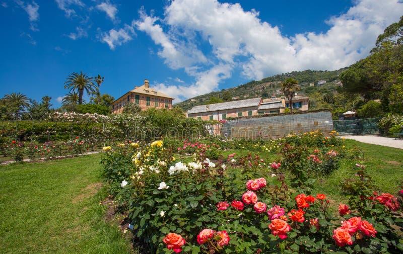 `en För Il Roseto för rosträdgård` i Genoa Genova Nervi, inom Genoa Nervi Parks, Italien arkivbilder
