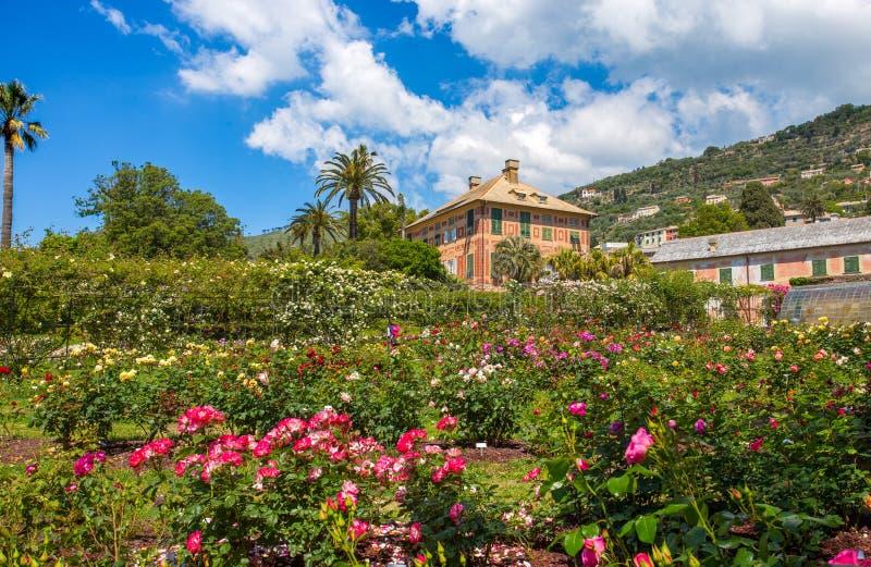 `en För Il Roseto för rosträdgård` i Genoa Genova Nervi, inom Genoa Nervi Parks, Italien arkivfoton