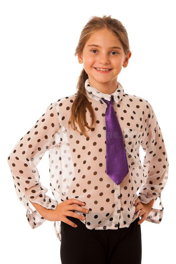 En flicka med trendigt posera för plagg som isoleras över vit royaltyfria bilder