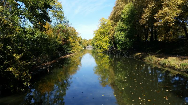 En flod i Osnabrà ¼ ck arkivbilder