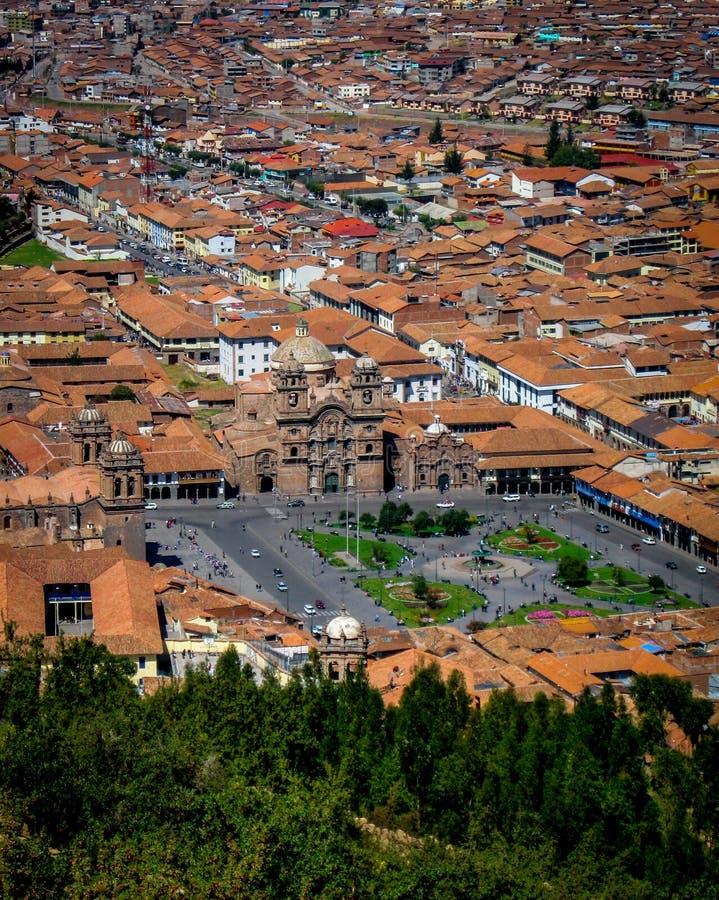 En flyg- sikt av Plaza de Armas, Cusco, Peru arkivfoton