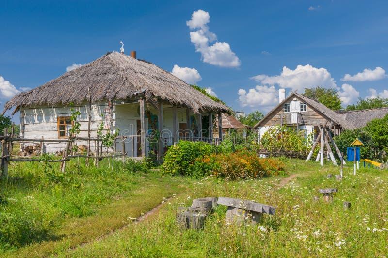 En forntida ukrainsk lantgård-stead fotografering för bildbyråer
