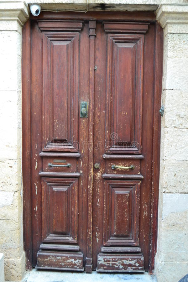 En gammal dörr royaltyfria foton