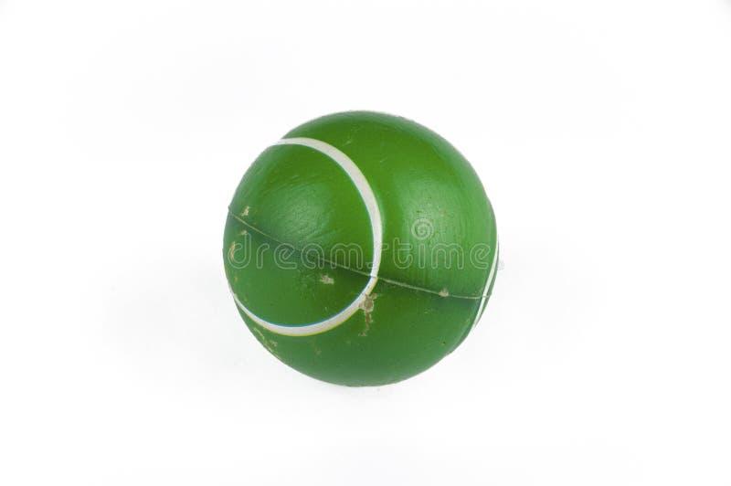 En gammal grön boll som isoleras på en vit bakgrund kopiera avst?nd royaltyfria foton