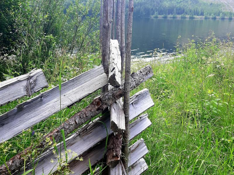 En gammal tradition av det norska staketet royaltyfri fotografi