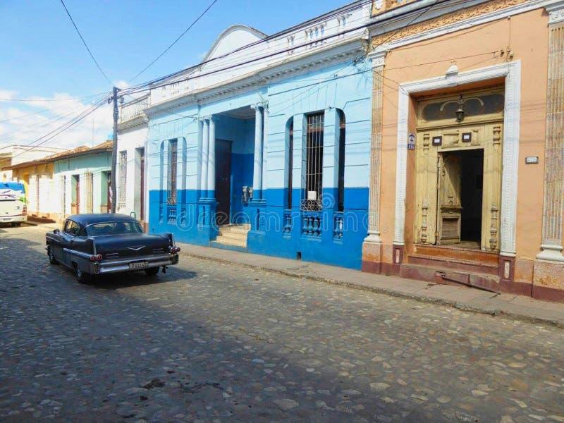 en gränd i Kuba utanför staden royaltyfri bild