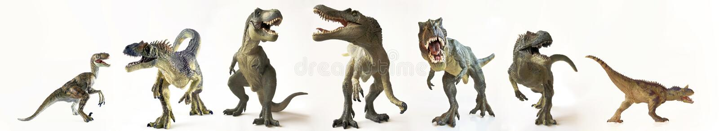 En grupp av sju dinosaurier i rad