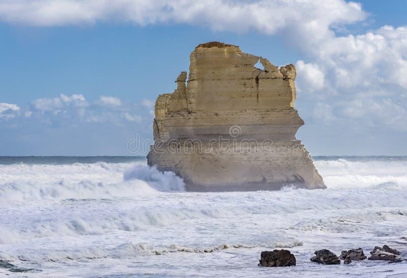 En härlig bunt av Gibson Steps, stor havväg, Victoria, Australien royaltyfri fotografi