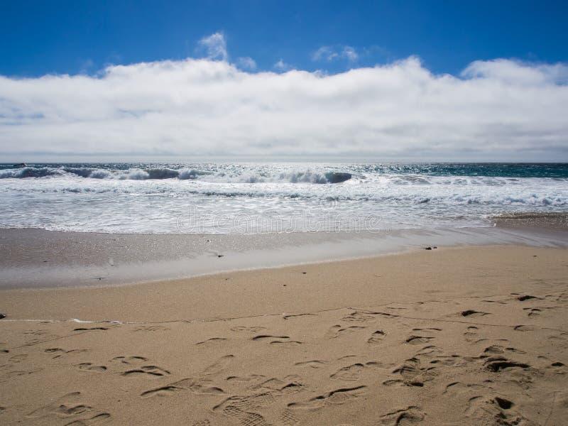 En härlig sikt av Kaliforniens kustlinje längs huvudväg 1, stora Sur royaltyfri bild