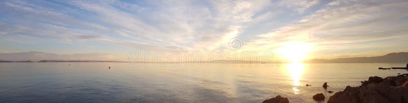 en härlig solnedgång nära Rijeka arkivbild