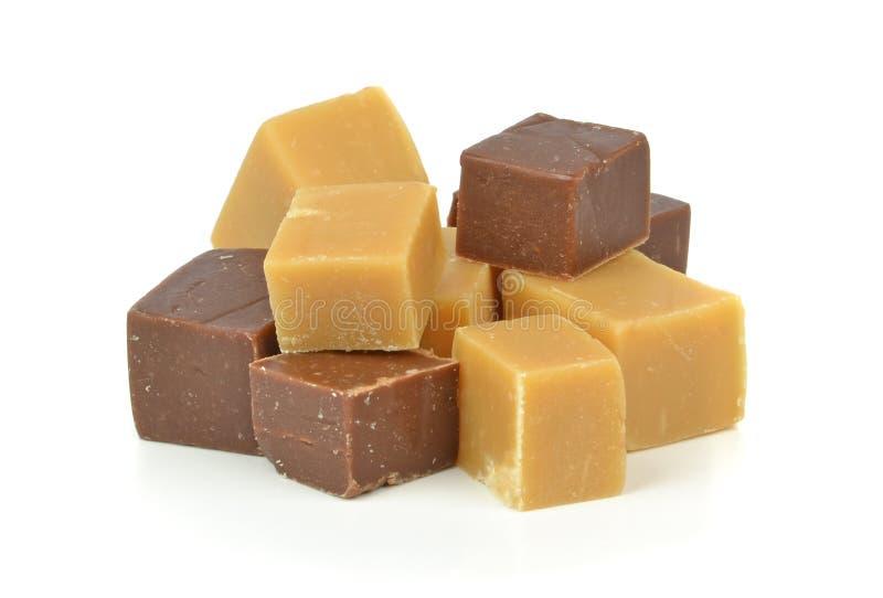 En hög av fuskverk för vaniljchokladkola royaltyfri foto