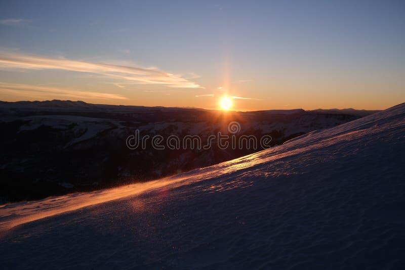 En hisnande soluppgång på solskenmaximum San Juan Range, Colorado Rocky Mountains royaltyfri bild