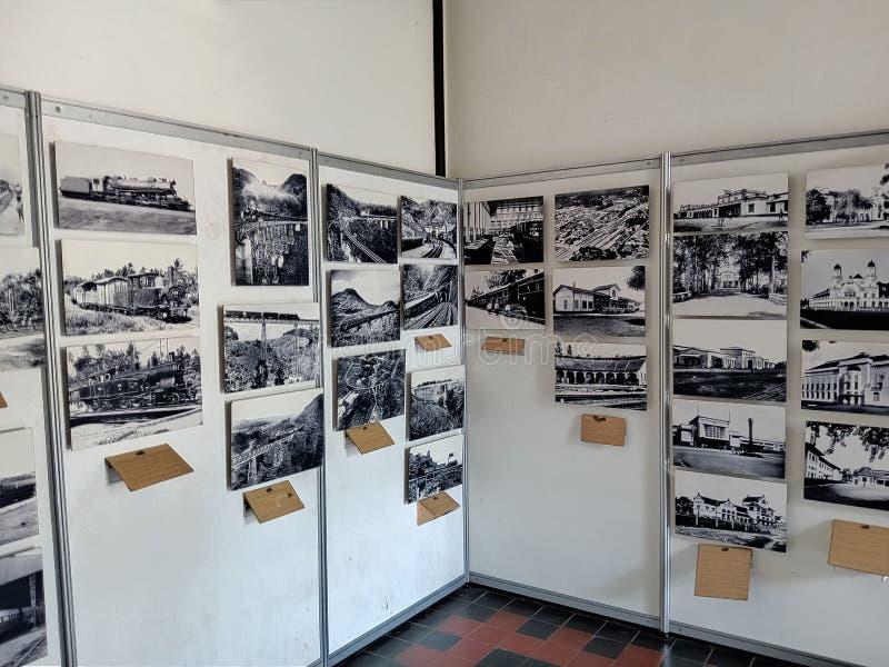 En historiebok om historien av Lawang Sewu i Semarang Lokaliserat i Semarang royaltyfri bild