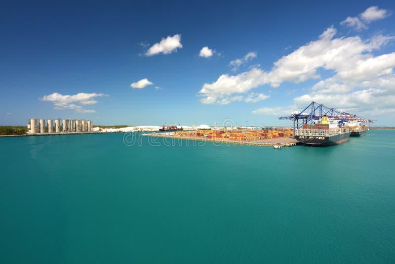 En industrieel schepen die - laden leegmaken royalty-vrije stock fotografie
