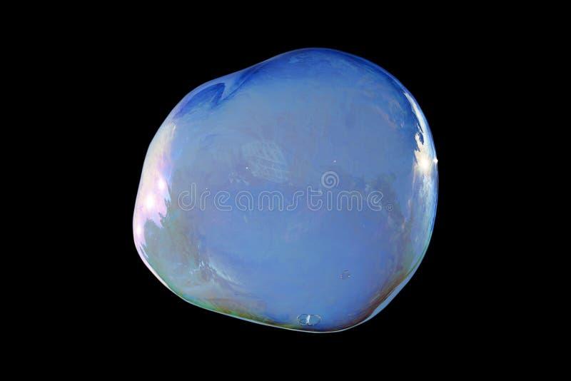 En isolerad stor såpbubbla Också tillgängligt i PNG arkivbild