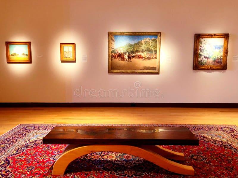 En konstutst?llning inom det New Britain museet av amerikansk konst arkivfoto