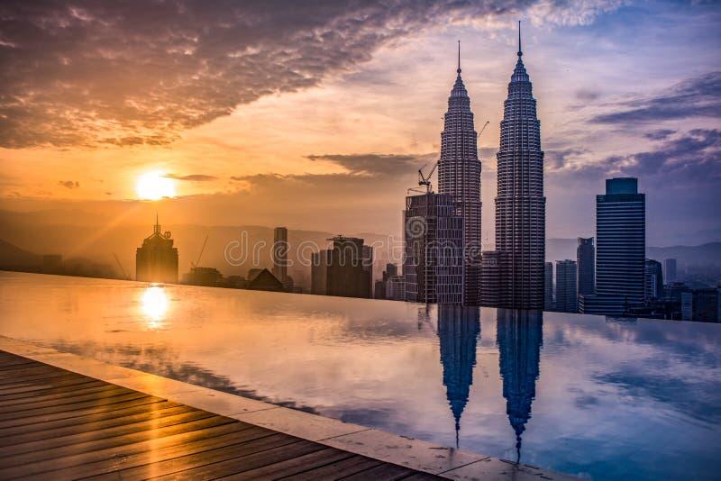 En Kuala Lumpur de Amaneciendo imagens de stock royalty free